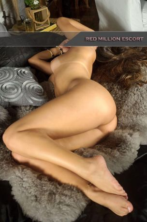Arielle from Red Million Escort Koln