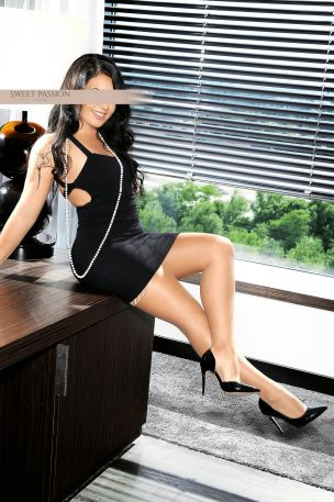 Elena - Sweet Passion Escort